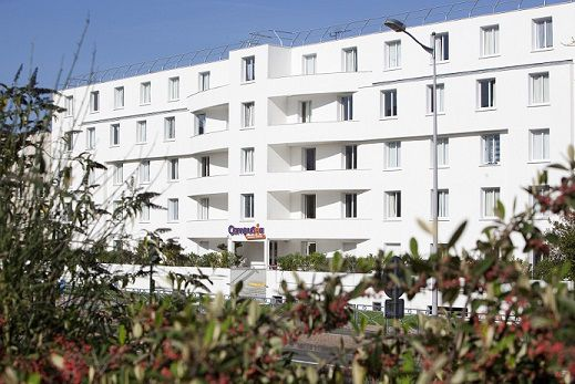 25 logement tudiant talence for Piscine universitaire talence